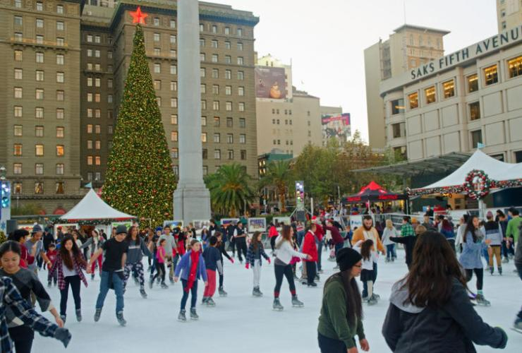 outdoor ice skating union square san francisco christmas tree
